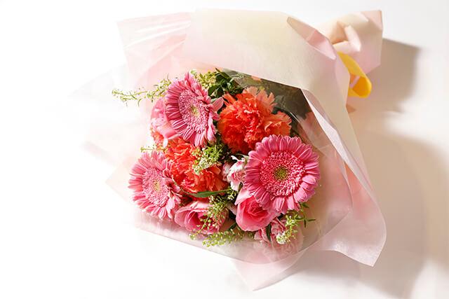 花束3,300円